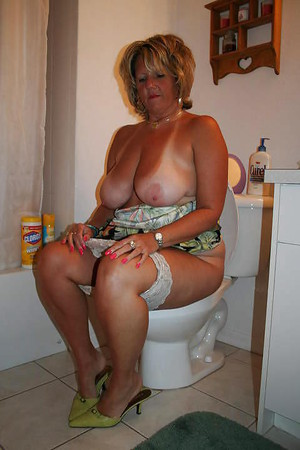 picture of naked fat woman
