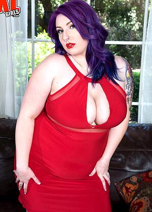 mature big nipples pics