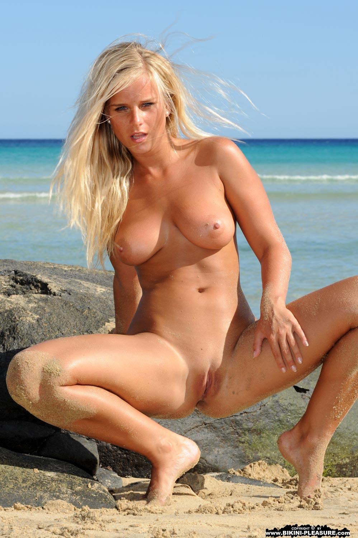 list of nude celebritys