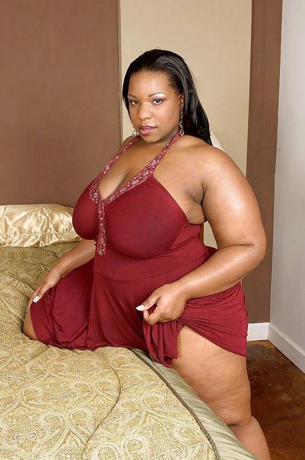 huge mom booty sex